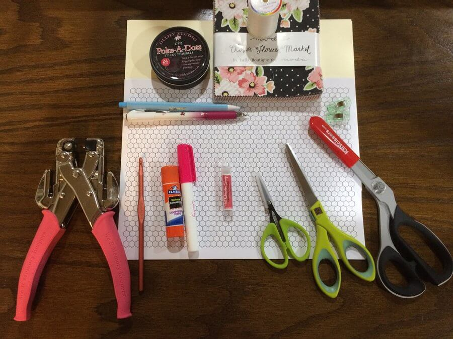 Image of Basic Supplies for English Paper Piecing