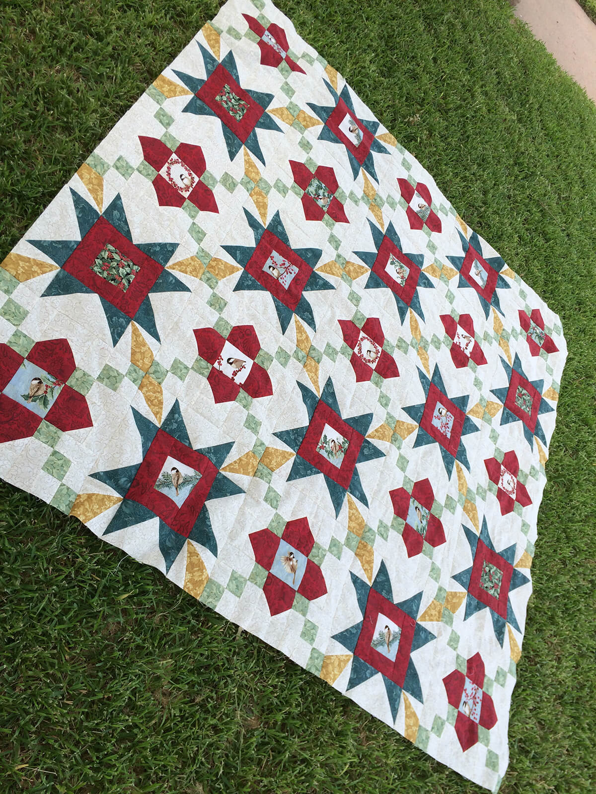 Photo of quilt top for Jolly Stars Quilt Pattern